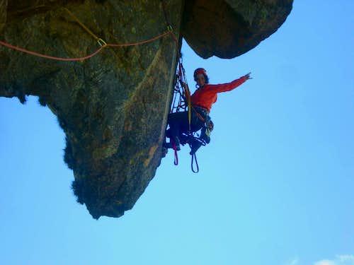 Climbing the roof of Pedra do Baú