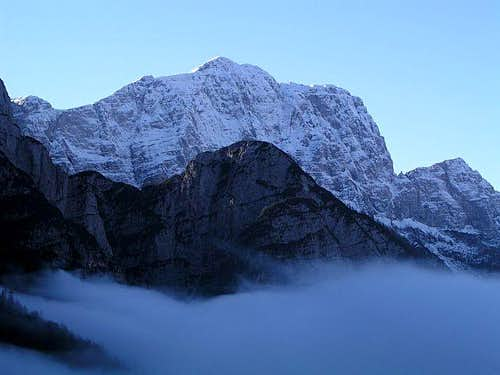Monte Cimone / Strma pec from...