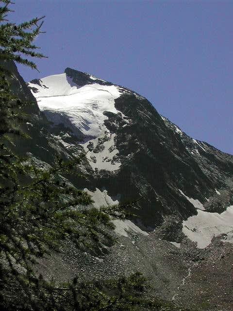 Monte Paramont 3301 m : close...