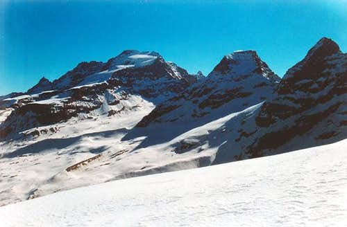 Gran Paradiso GROUP: view from Colle di Punta Fourà ...