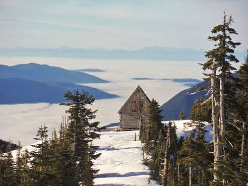 The private cabin and the inversion fog