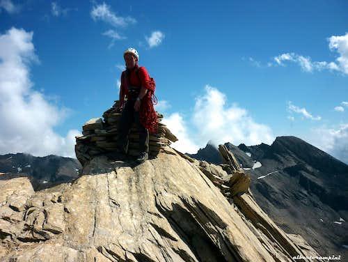 Taillante summit cairn