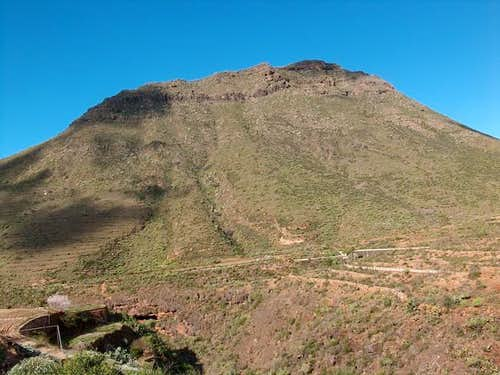 Roque del Conde seen from...