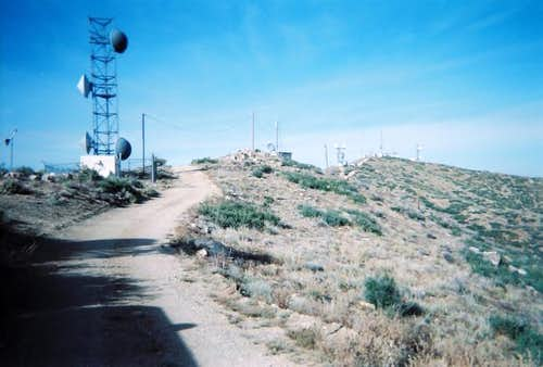The summit area of Smith Peak.