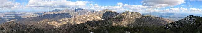 Looking into the Catalinas...