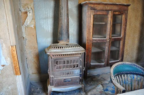 Old stove/Heater