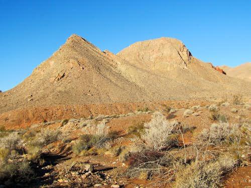 Murphy Peak (Peak 822 meters)