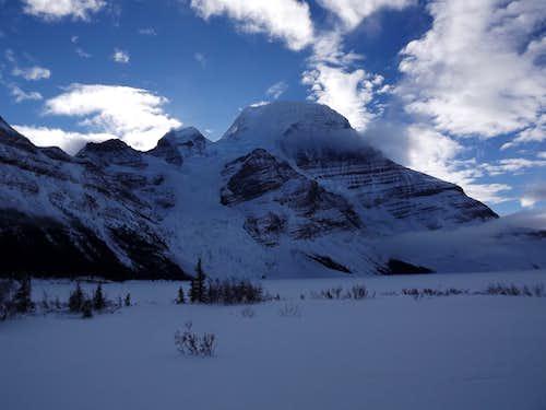 Berg Lake Winter