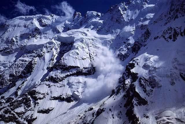 Dychtau - North Face