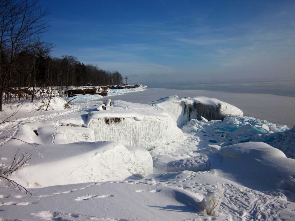 Amazing Ice - Lake Superior