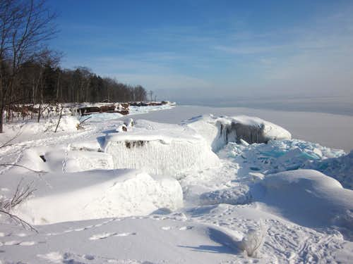 Amazing Ice - Lake Superior