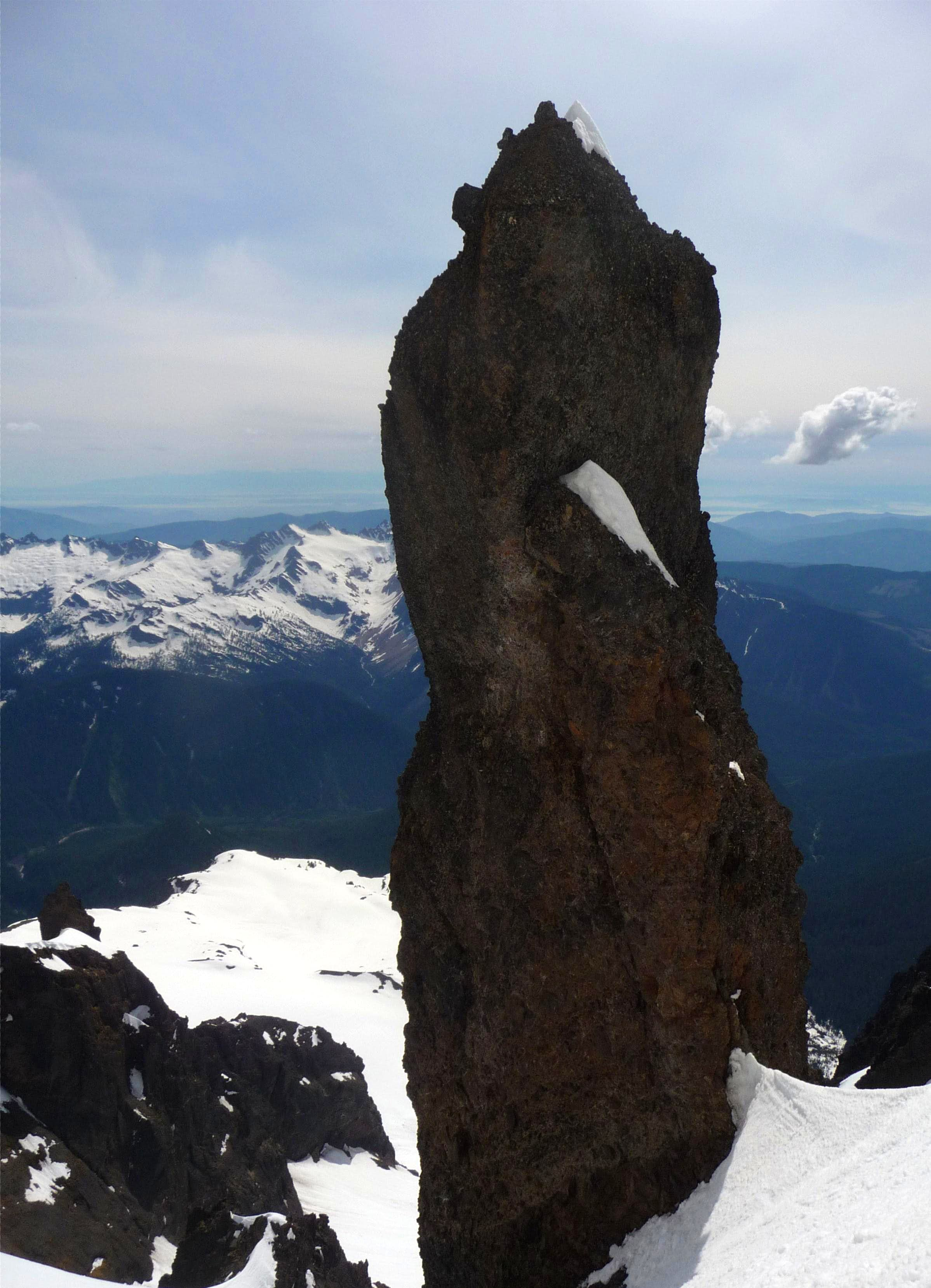 In Darkest Nooksack: An Ascent of Lincoln Peak