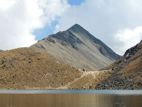 Pico de Humboldt