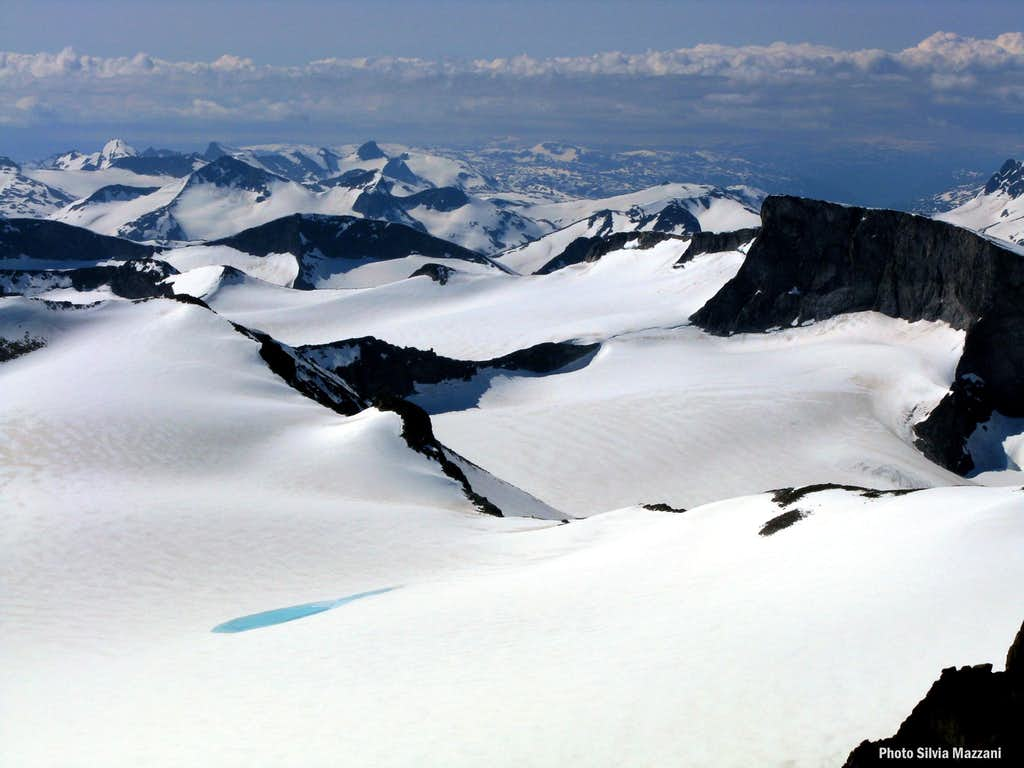 Minute glacial lake seen from Galdhøpiggen