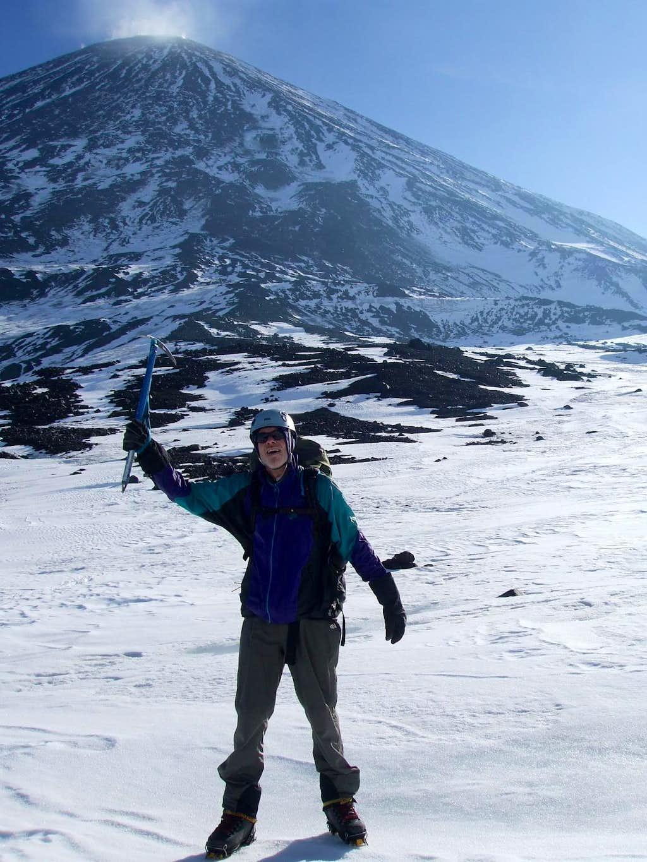 Chris ready for his first attempt at Klyuchevskaya's summit.