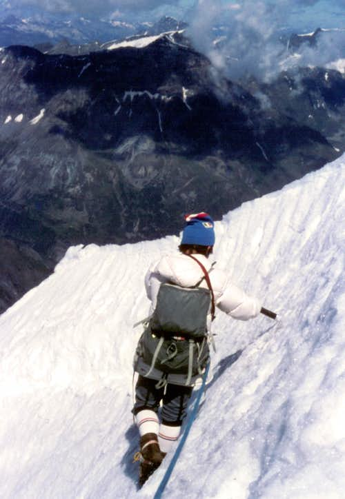 Negotiating a snow cornice