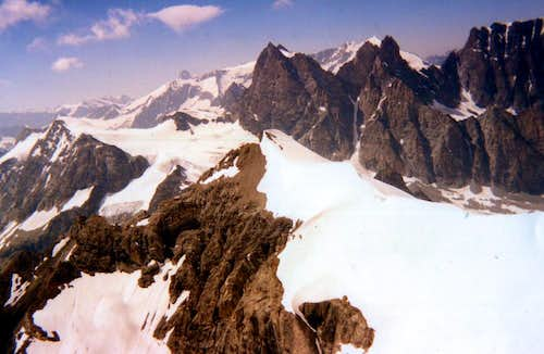 N. Or./Hydr. From Mount Braoulé to Northwest 1993