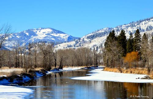 Bamber Mountain over the Kettle River