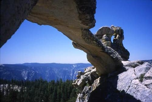 The arch at Indian Rock -...