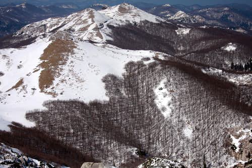 Summit Guslica towards north