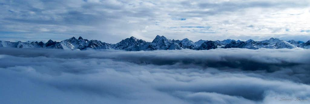 The whole Glockturmkamm above the clouds...
