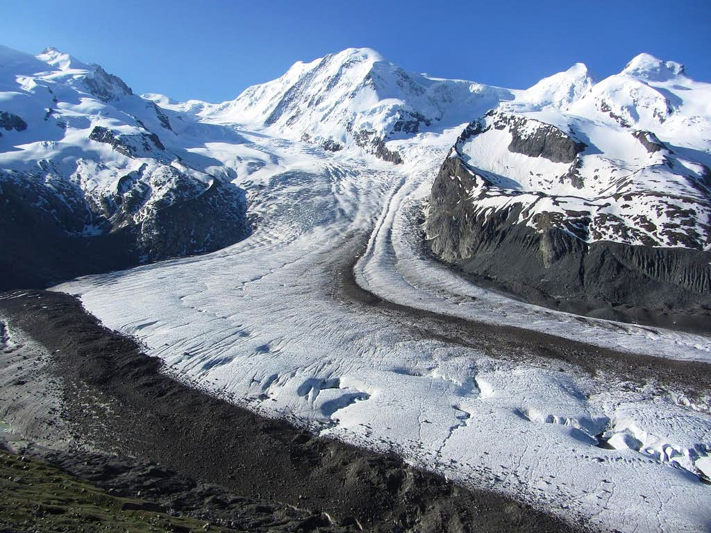 The Grenz Glacier flowing down between Monte Rosa and Lyskamm