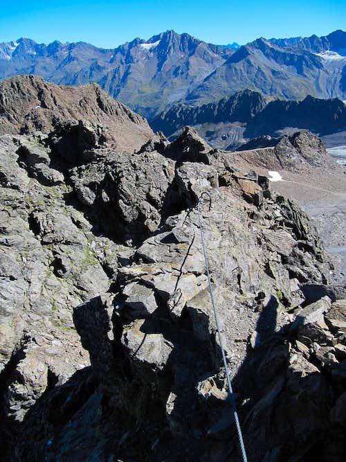Kaunergrat from Hintere Karlesspitze summit