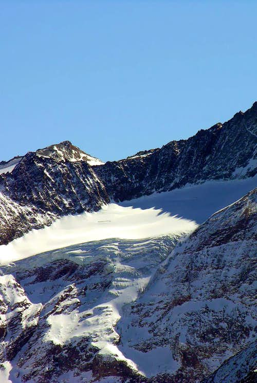 Nomenon Glacier