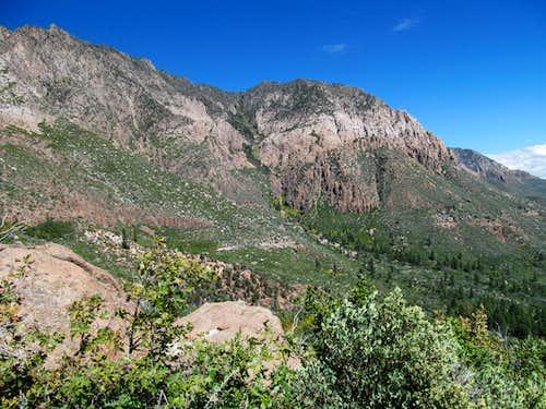 views along Oak Grove Trail