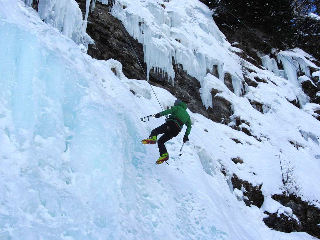 Rappelling from the La Gouille icefall