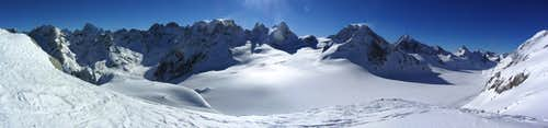 165° panorama from just S of the Col des Vignettes