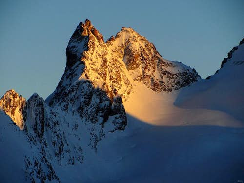 Alpenglow on Mitre de l'Eveque