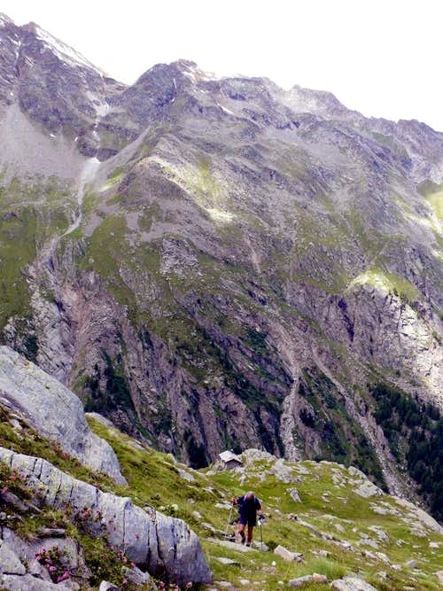 Ascending above Arolla Casotto into National Park 2007