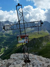 Colàc summit cross