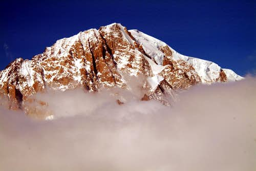 Mont Blanc <i>(4810m)</i> Southeast Face from Arpy 2004
