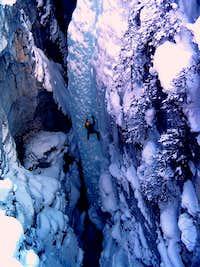 Climbing Tokumm Pole