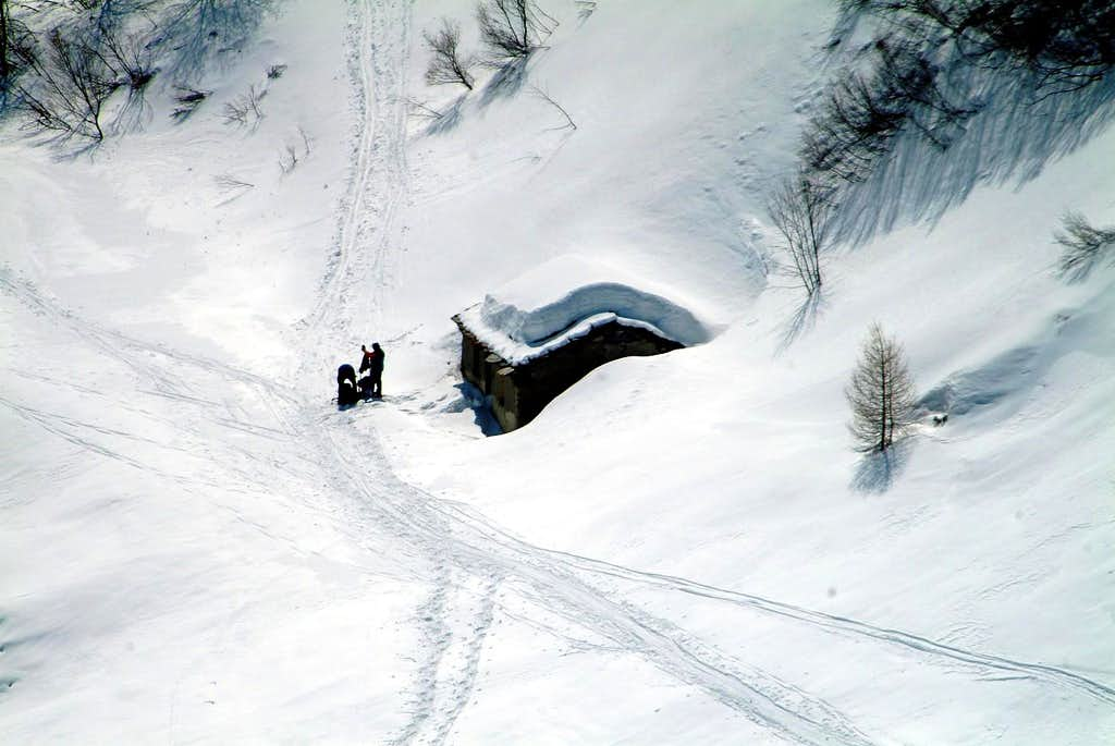 To Saint Great Saint Bernard Hill by Snowshoes 2004