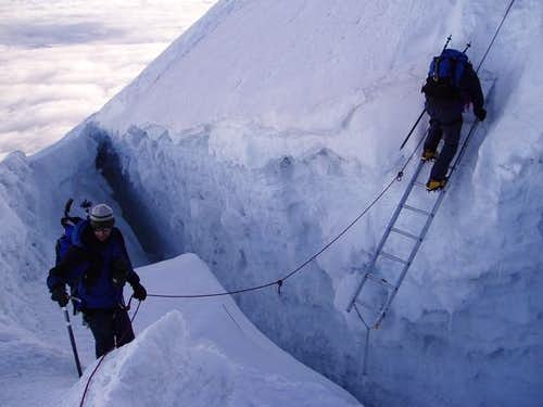 Downclimbing the crevasse...