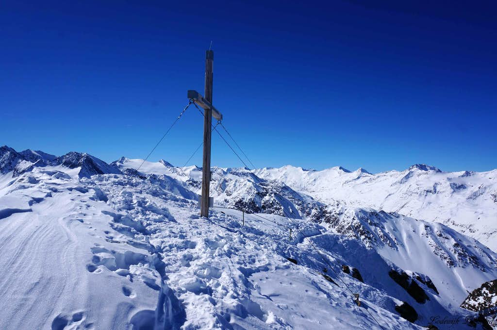 Wurmkogel Summit Cross with Ramolkamm behind