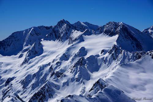 Wurmkogel summit view towards Hochfirst and Liebener Spitze