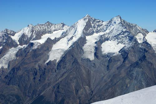 Entire massif as seen from Zinalrothorn saddle.