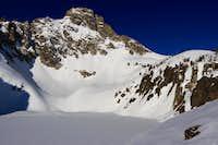 Thompson Peak with frozen Lake 9000