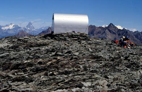 Gran Paradiso GROUP:  Bivacco Gratton <i>3204m</i>, near colle del Pousset <i> 3198m</i>