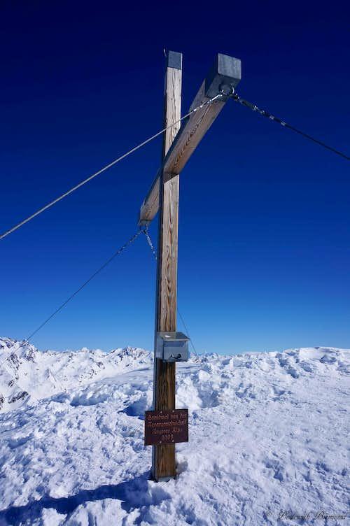Wurmkogel (3082m) Summit Cross