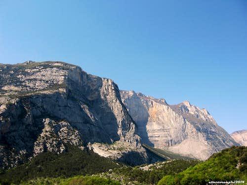 View over Cima alle Coste and Monte Brento