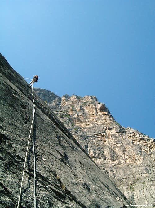 Cima alle Coste, abseil on Nuvole Bianche