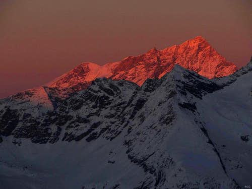 Bishorn (4153m) and Weisshorn (4506m) from Cabane des Aiguilles Rouges