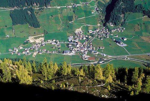 looking down from Wetterkreuz...