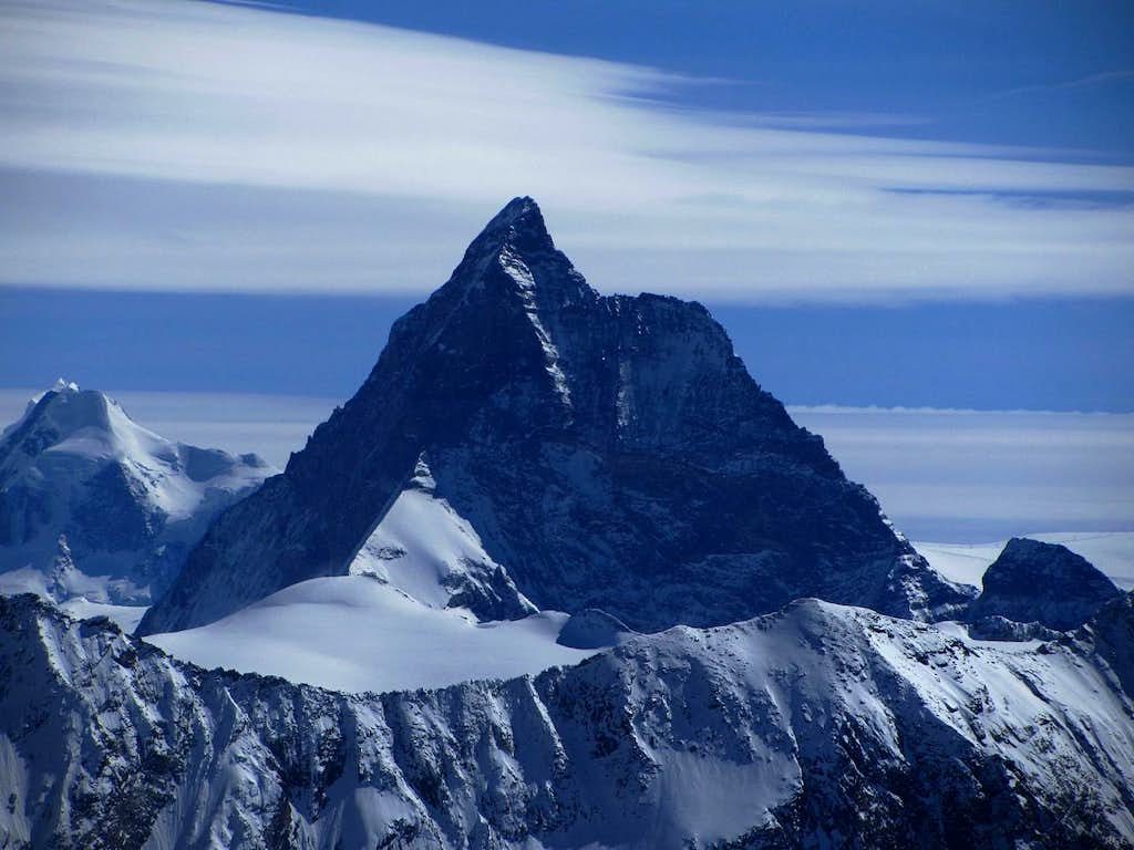 Zooming in on the Matterhorn from high on Pointe de Vouasson