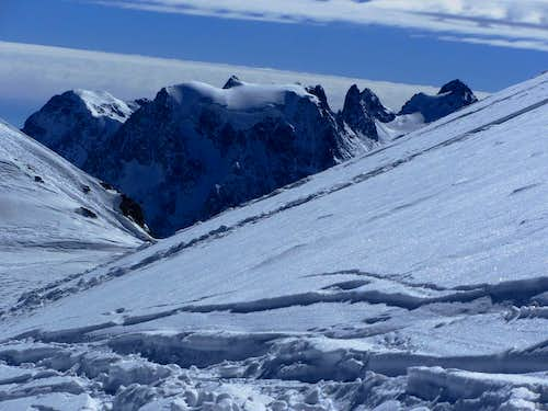 Zooming in on Mont Collon (3637m) from high on Pointe de Vouasson